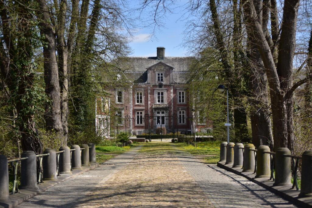 "Abonded 'kasteel Vialain XIIII"""